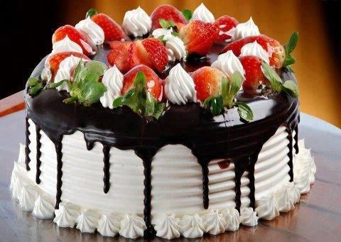gateau_fraises_chocolat.jpg